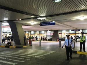 マニラ空港 第2ターミナル出口