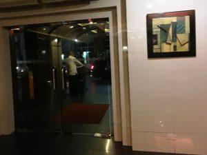 マニラのホテル 夜遊びスポット