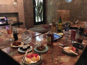 マニラの人気KTV 花と蝶 飲食サービス