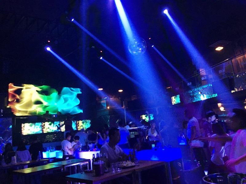 マニラ 夜遊び クラブ