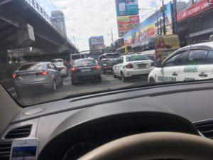 フィリピン レンタカー
