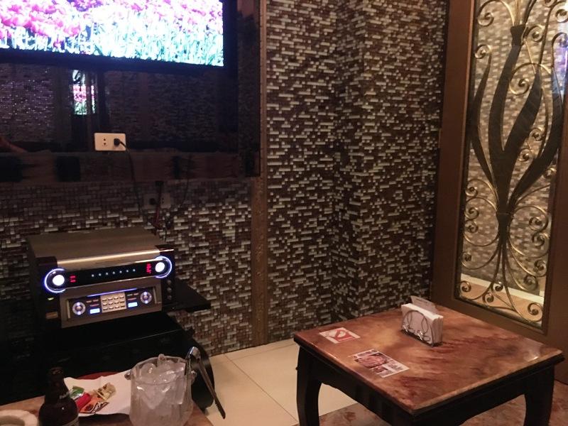 マニラ夜遊び KTV「順子 Junko」 VIPルームの写真