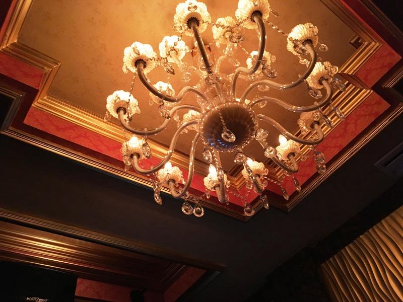 【夜遊び】マニラの高級KTV『Premier Junko プレミア順子』 マカティ VIPルーム 個室