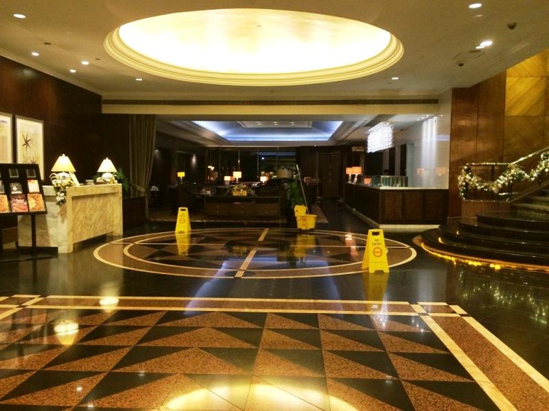 宿泊先ホテル ダイアモンドホテル おすすめ マニラ