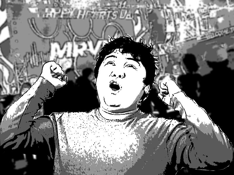 マニラのクラブで踊る日本人男性